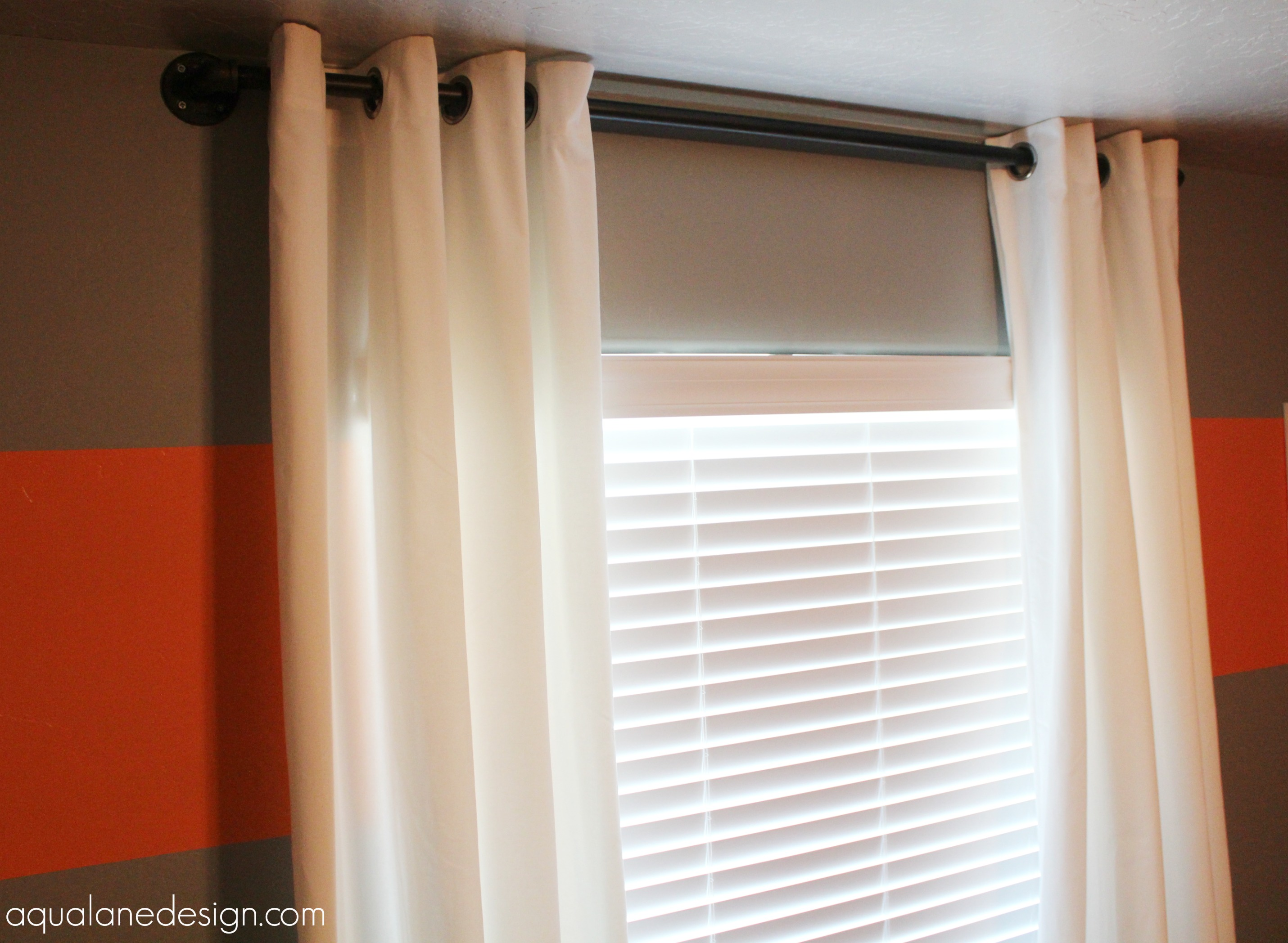 curtains with pipe rod